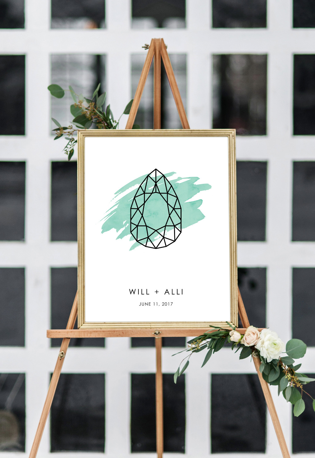 Pear shape? Marquise? Find your engagement ring cut for this chic wedding sign.