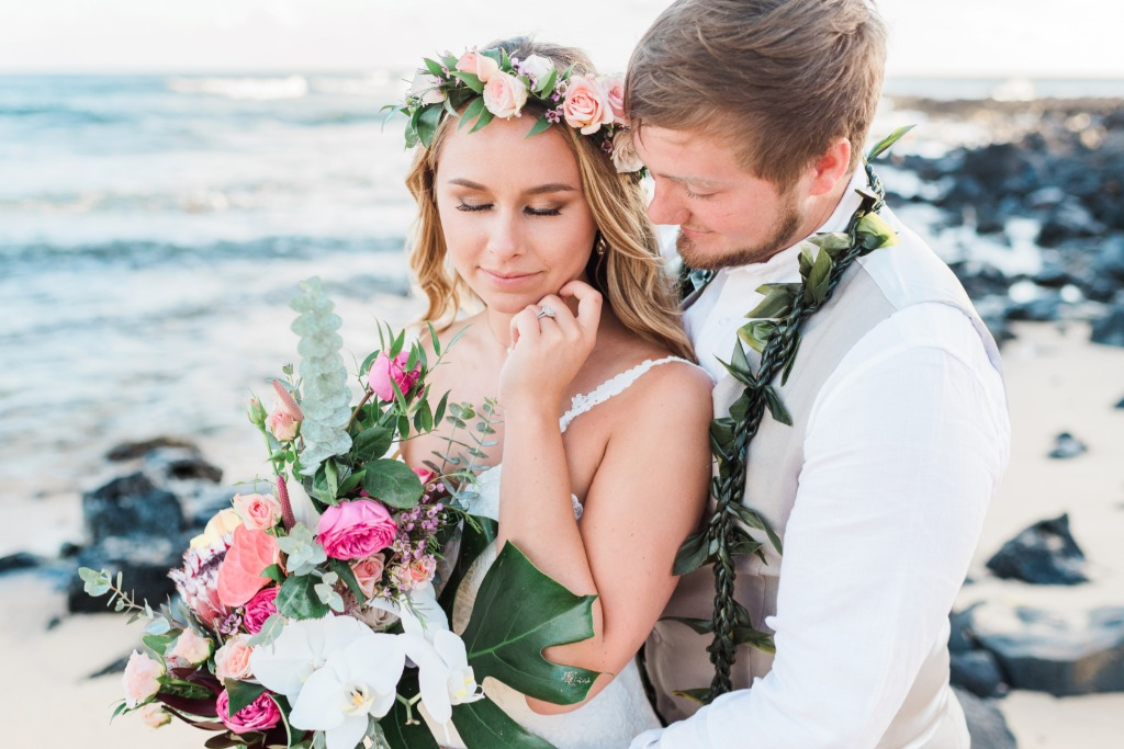 It was so exciting to meet Erin & Tanner in Kauai for their wedding day at the Plantation Gardens in Poipu. They are both from Alaska