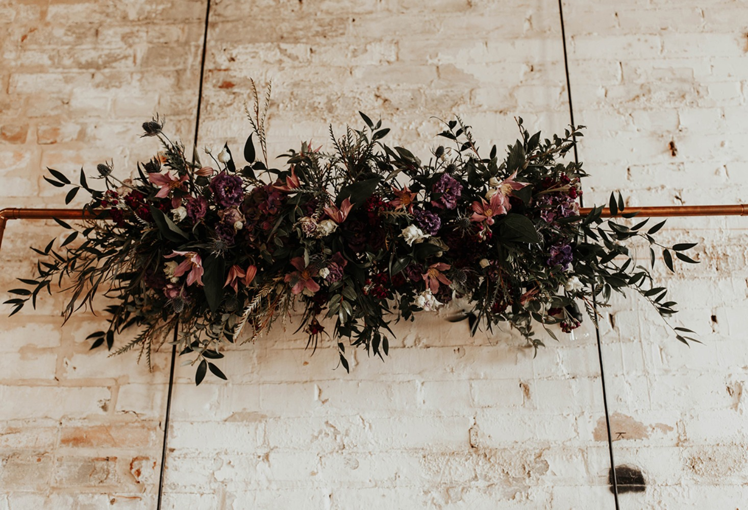 late fall wedding floral decor