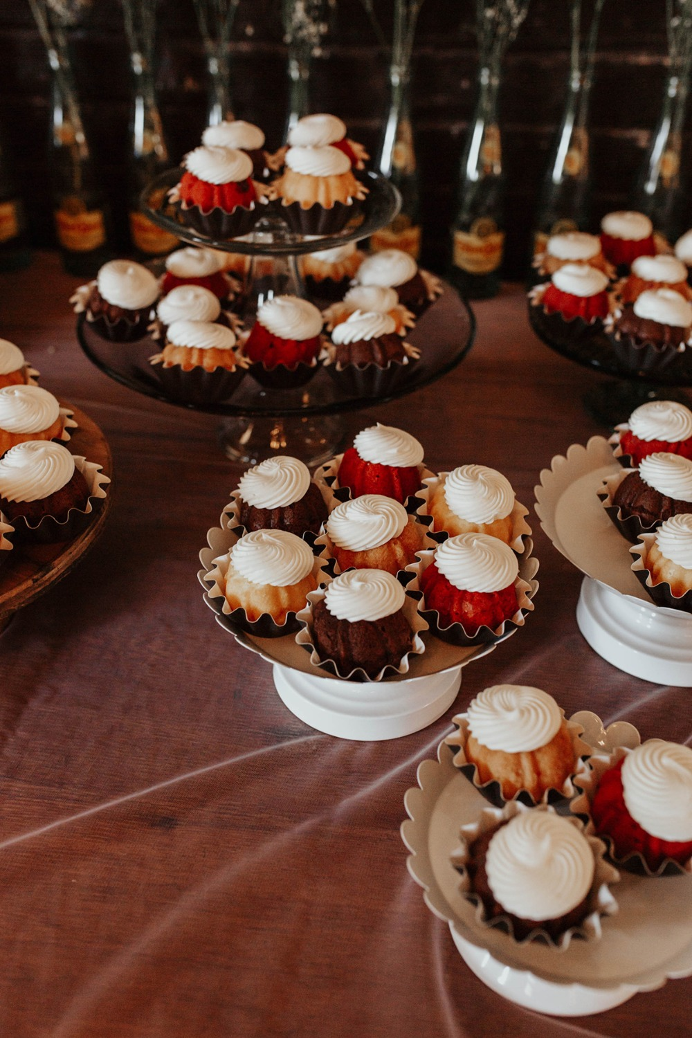 wedding mini bundt cakes