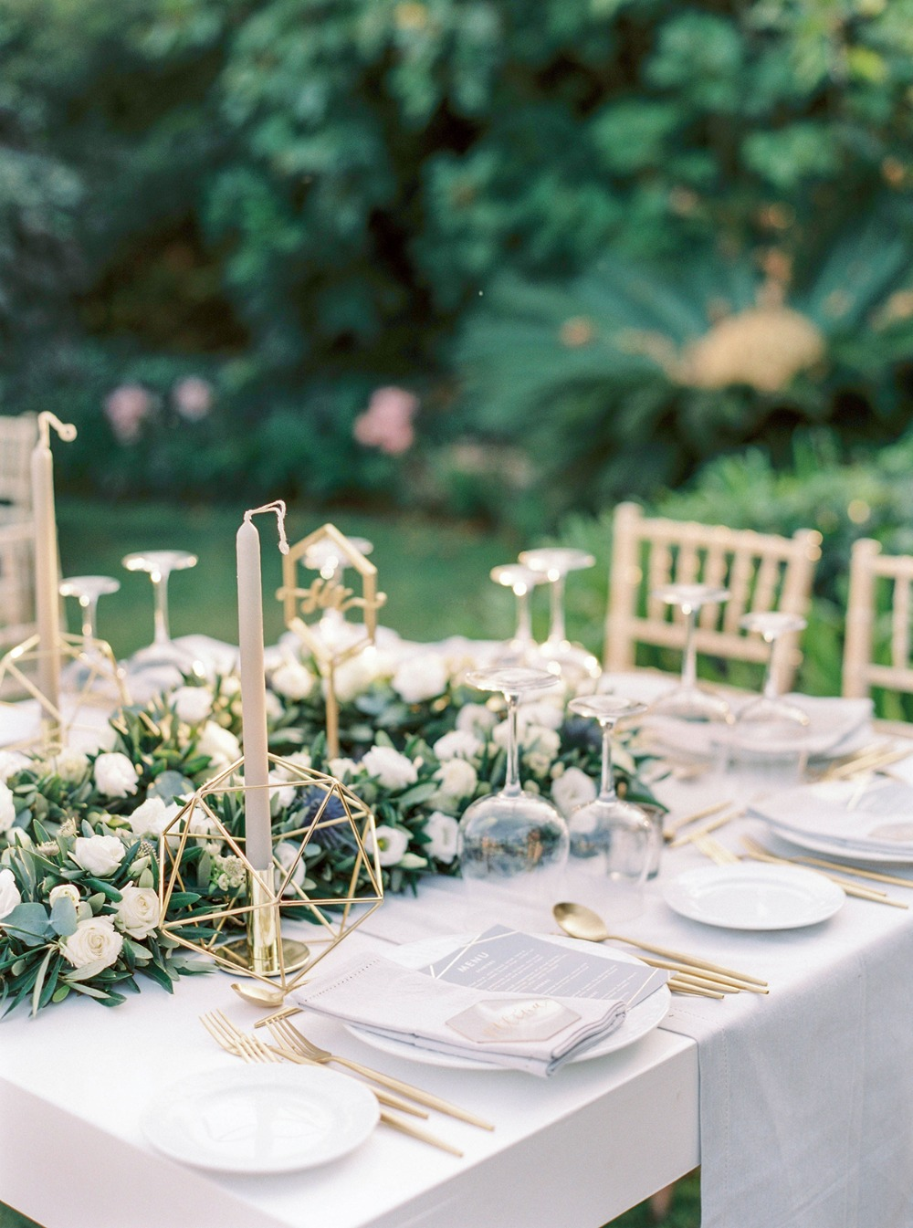 modern gold and white wedding table decor