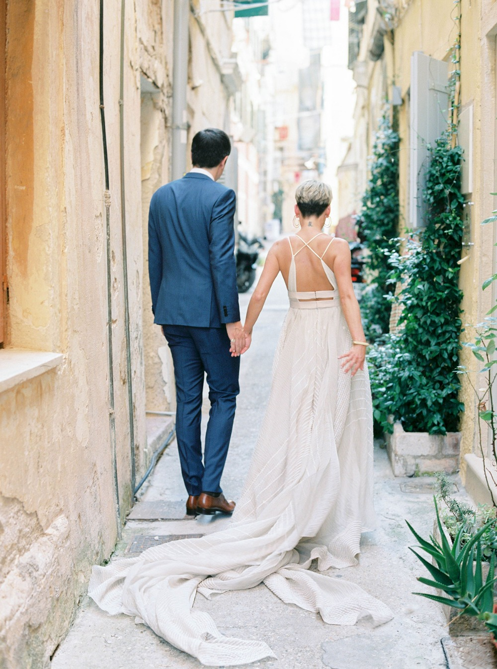 How To Have A Summer Wedding In The Greek Isles