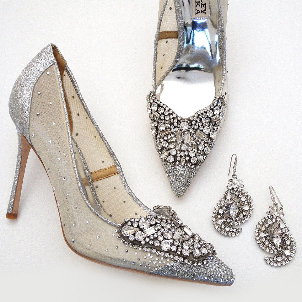 Girls best friend: shoes & jewels. Badgley MIschka Quintana shoes in Silver, Cheryl King Couture statement earrings. Find everything