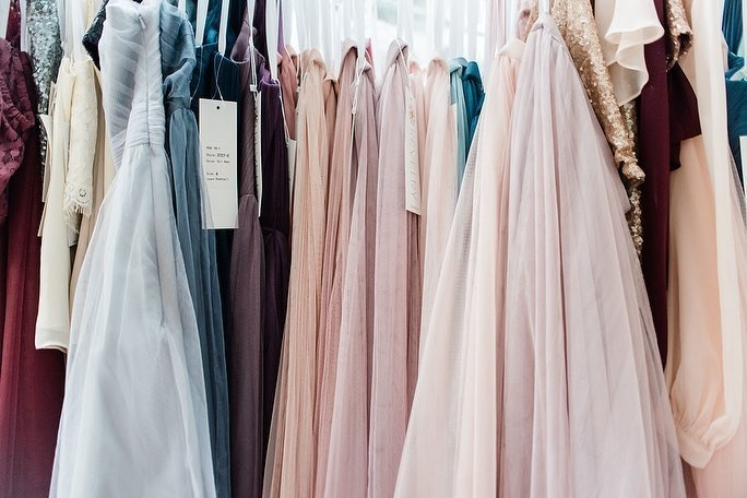 Because soft tulle, gorgeous colors, and seriously swoon-worthy styles are the things we get giddy about!💕