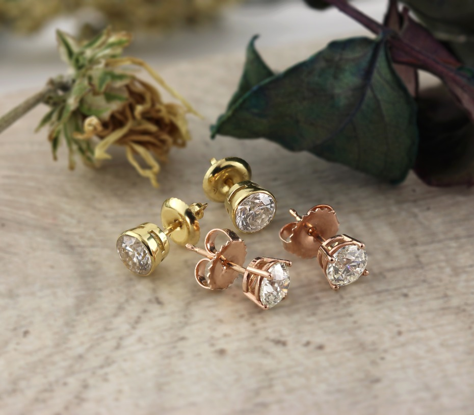 DiamondStuds.com Diamond Studs in Yellow Gold and Rose Gold