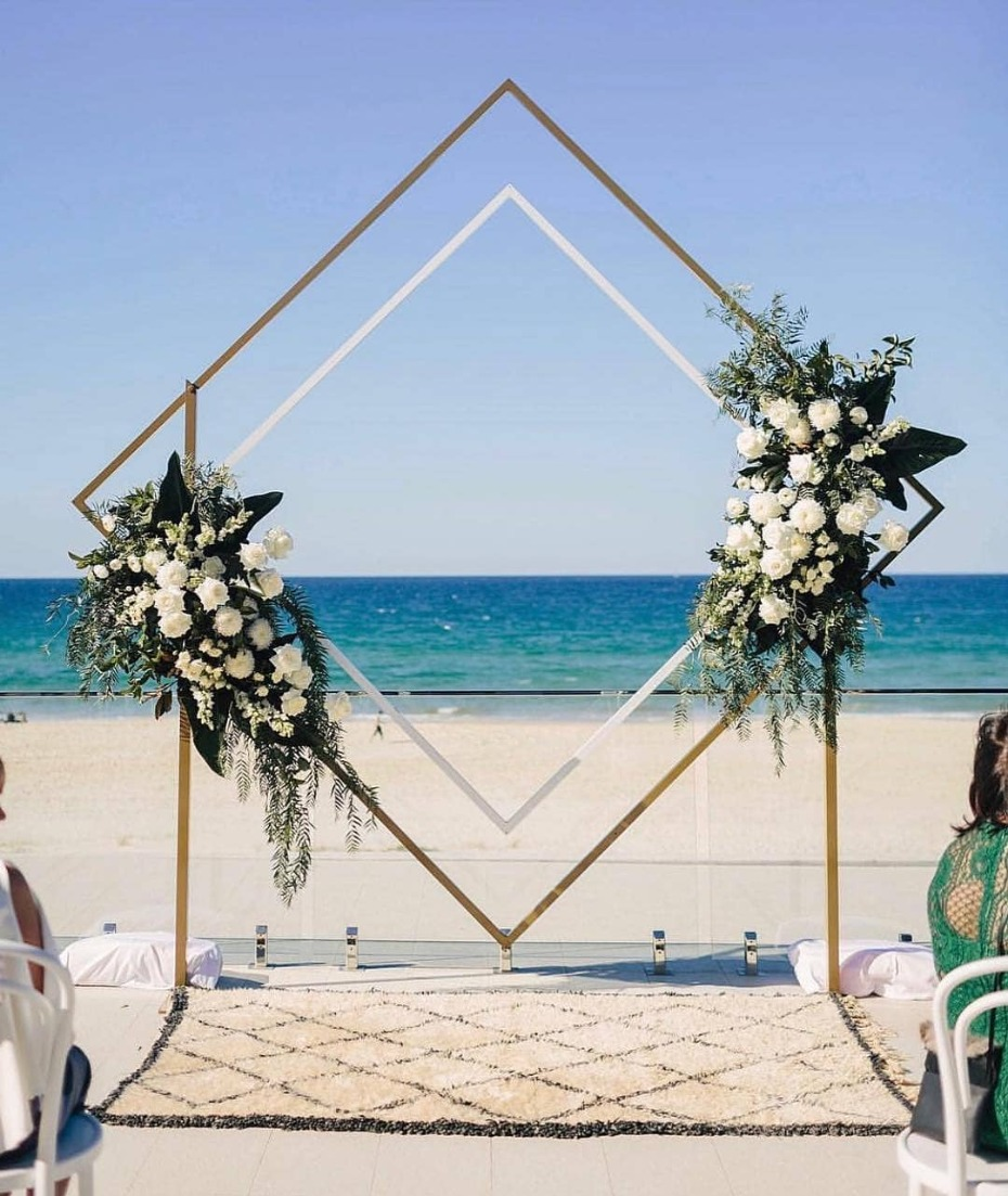 Belongil Beach Wedding Ceremony: 15 Wedding Ceremony Backdrops That Get All The Likes