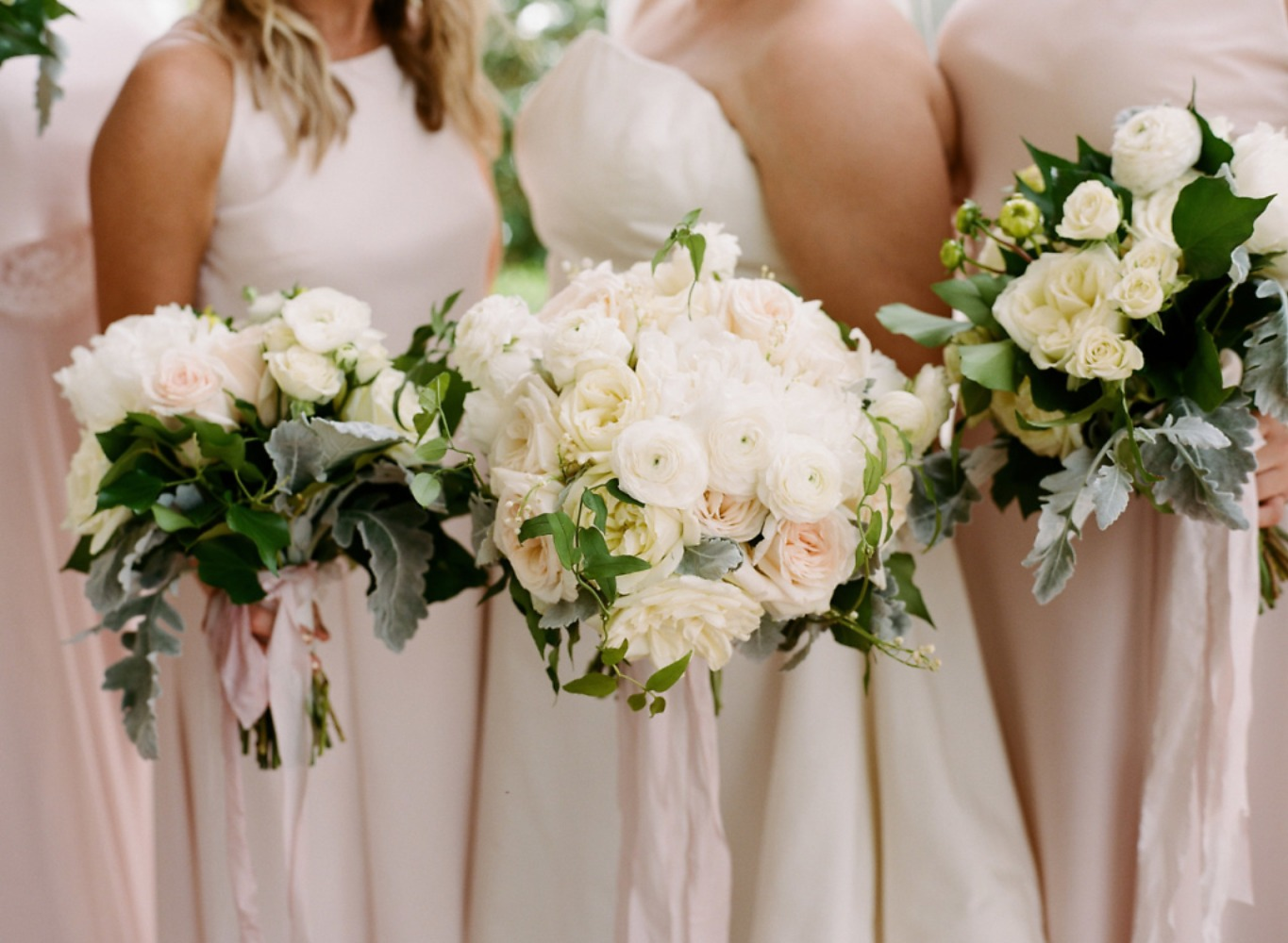 soft pink and ivory wedding bouquets