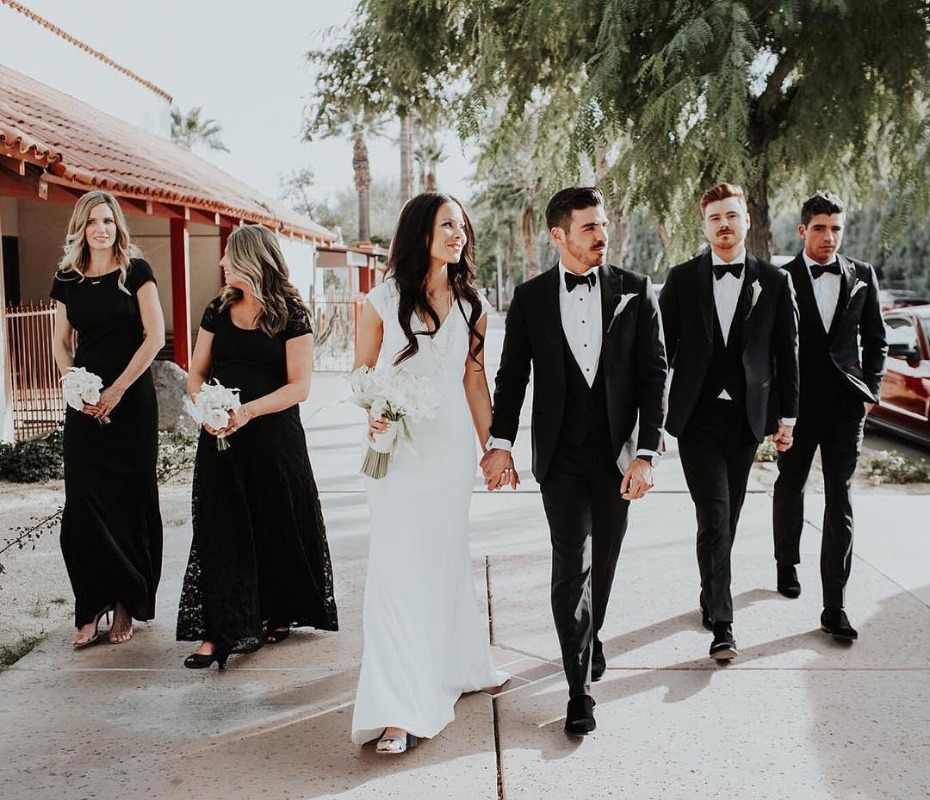 bridesmaids-in-long-black-lace-from-bhldn