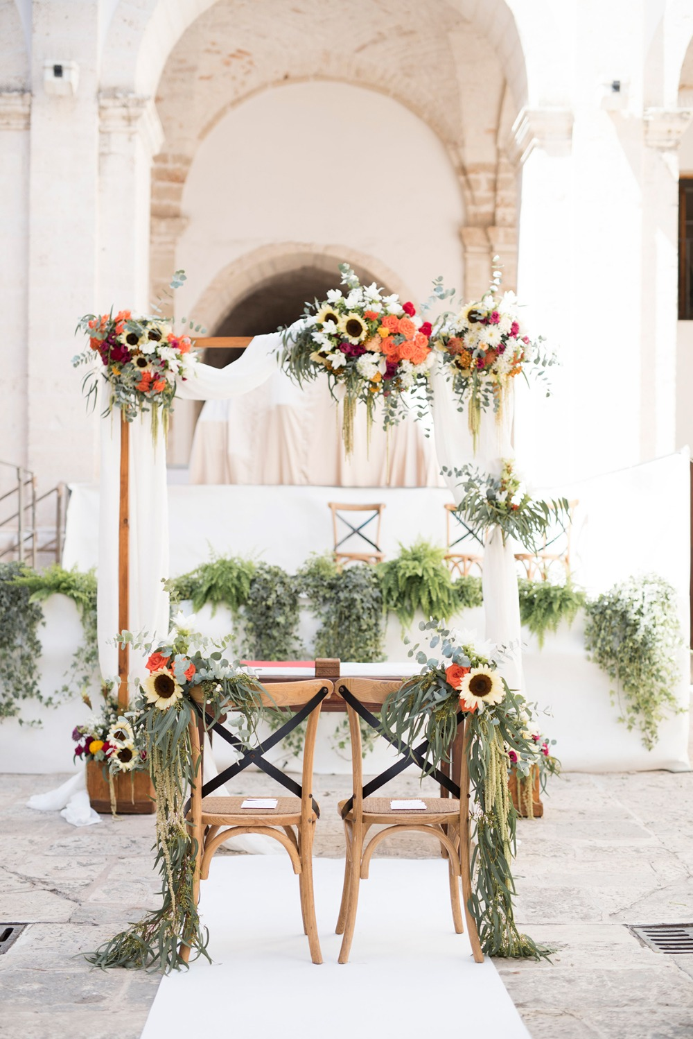 bright and summer vibe wedding ceremony decor