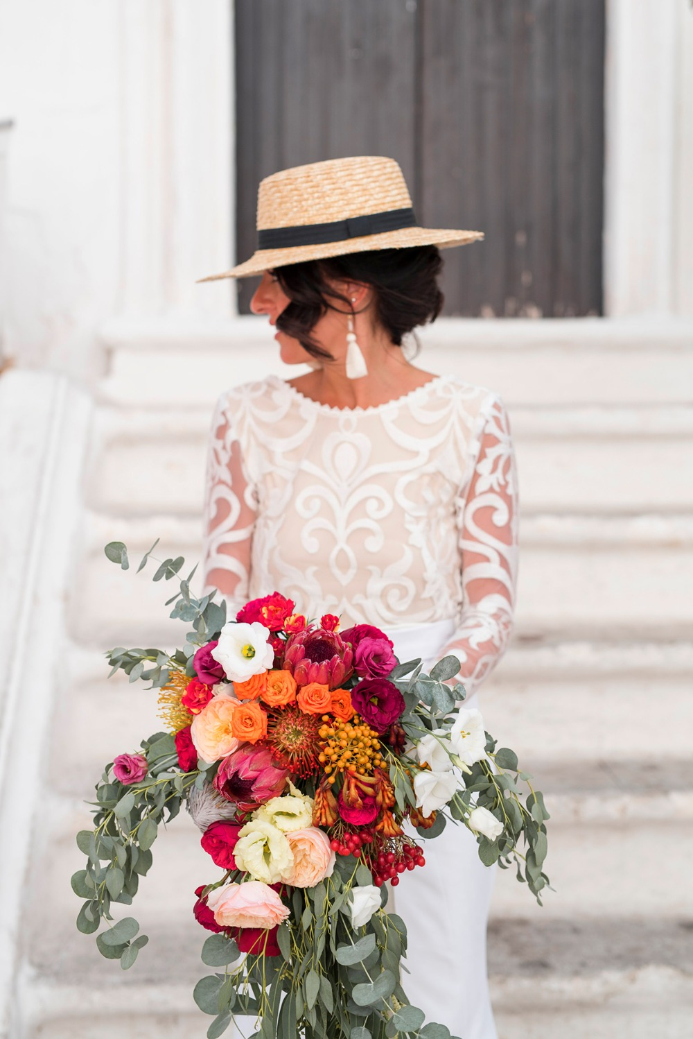 bride in straw hat
