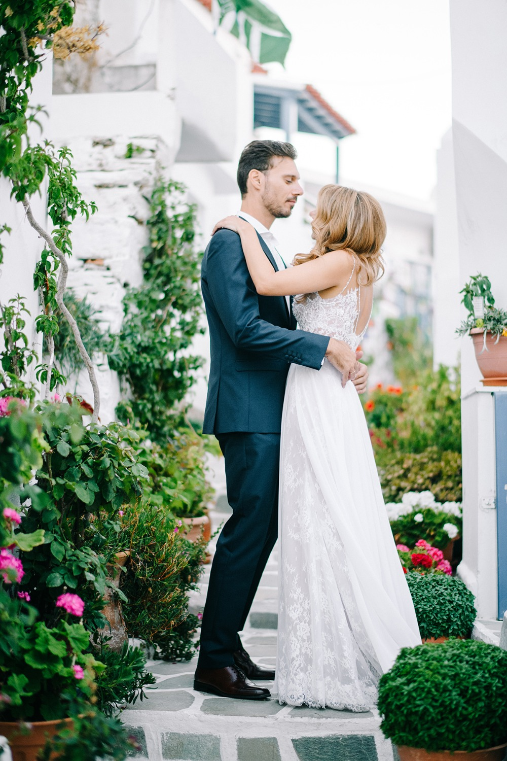 romantic wedding in Greek Isles
