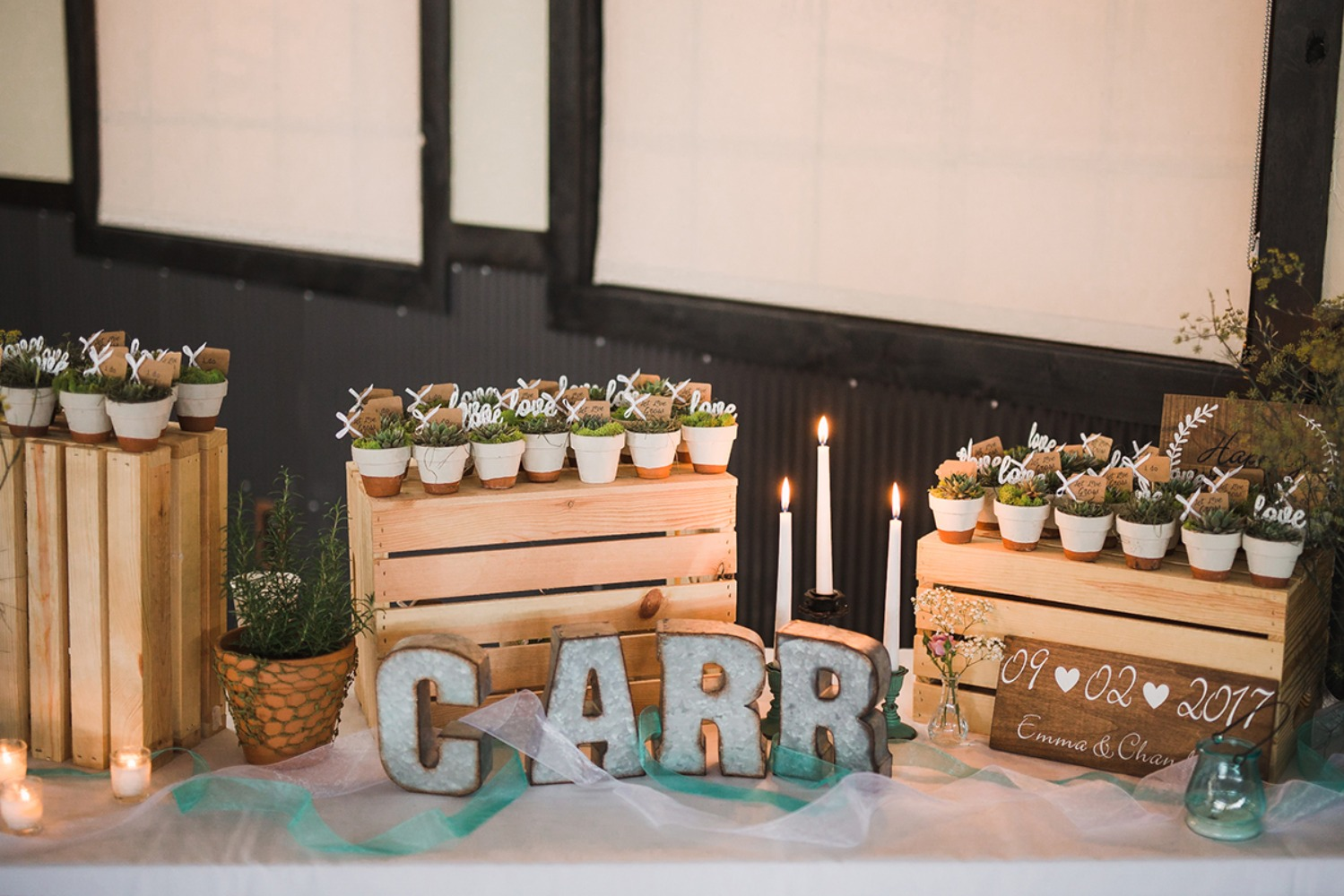 sweet rustic succulent flavor table