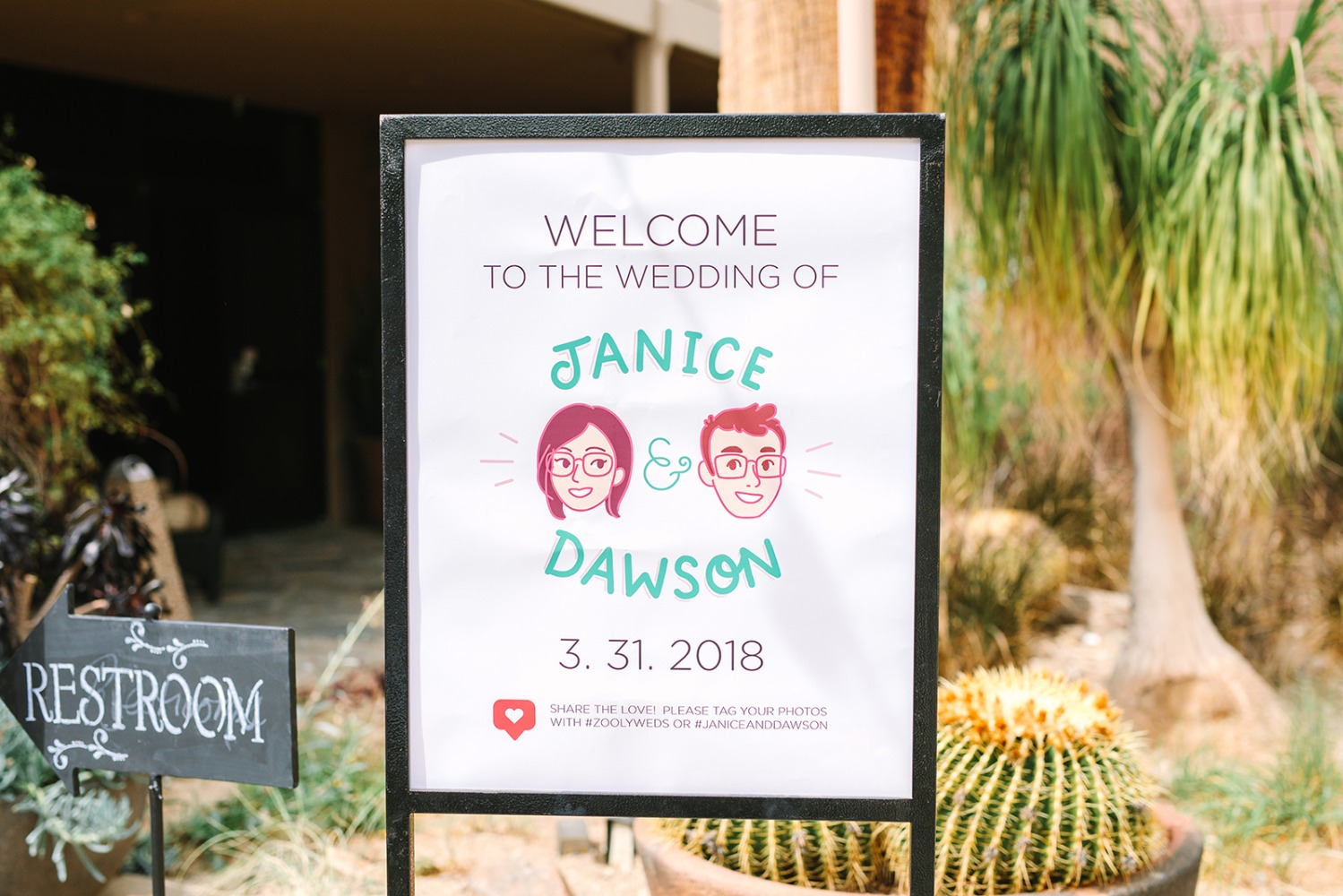 Custom welcome wedding sign