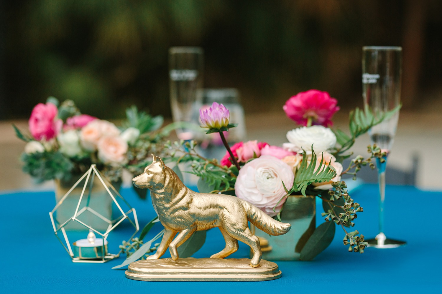 Turquoise and gold table decor