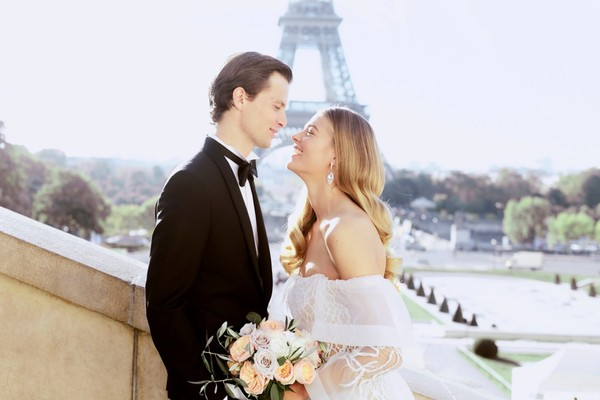 Autumn Elopement Inspiration in Paris