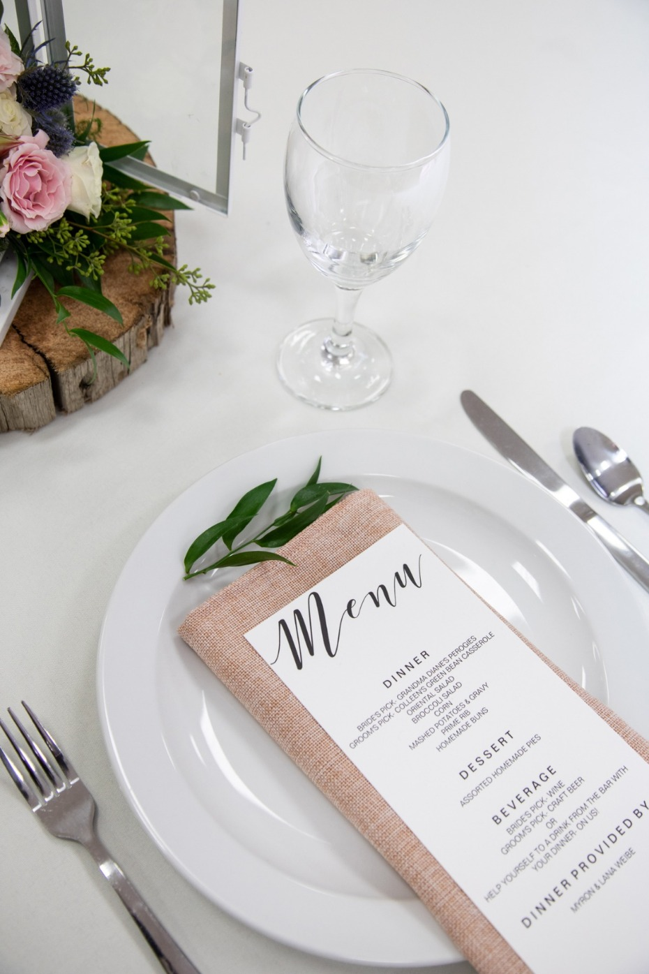 simple wedding table setting