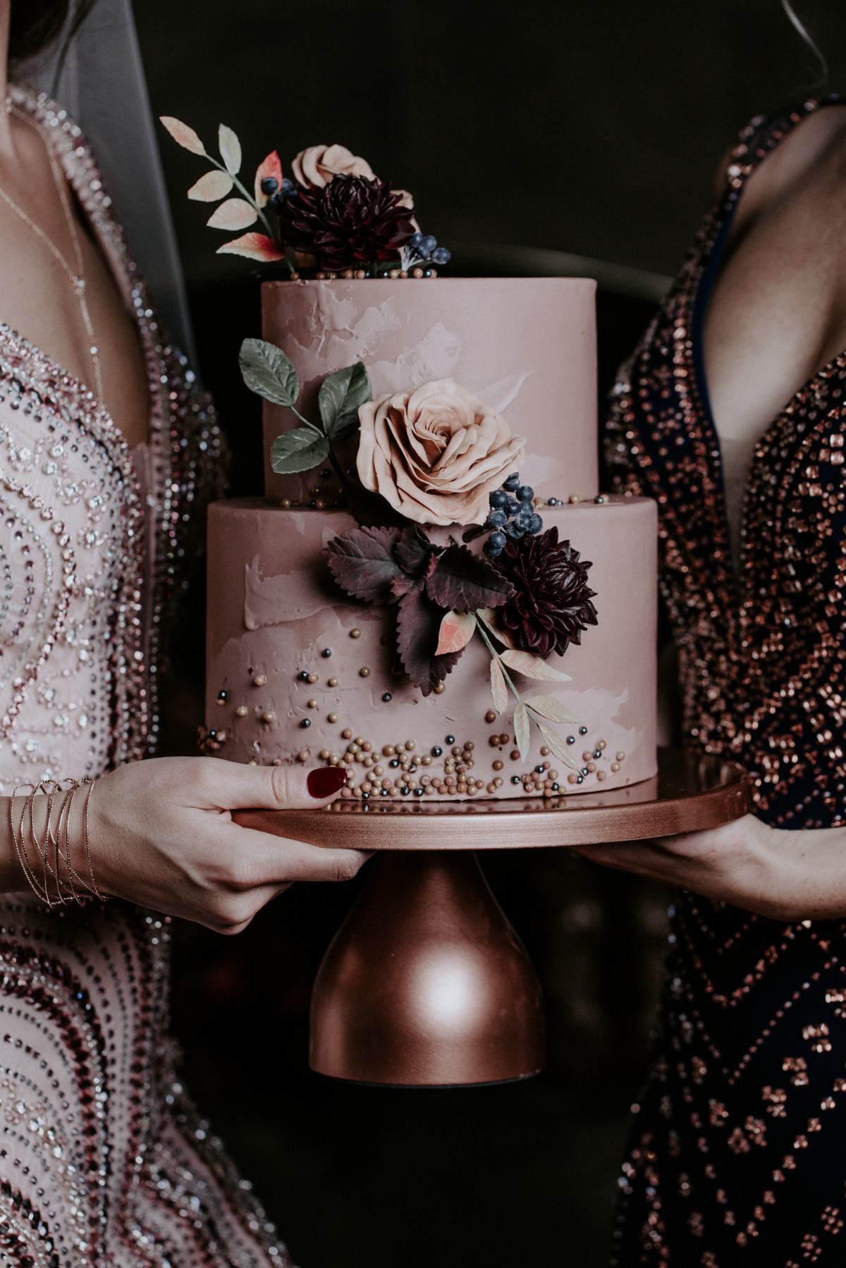 Moody rose wedding cake