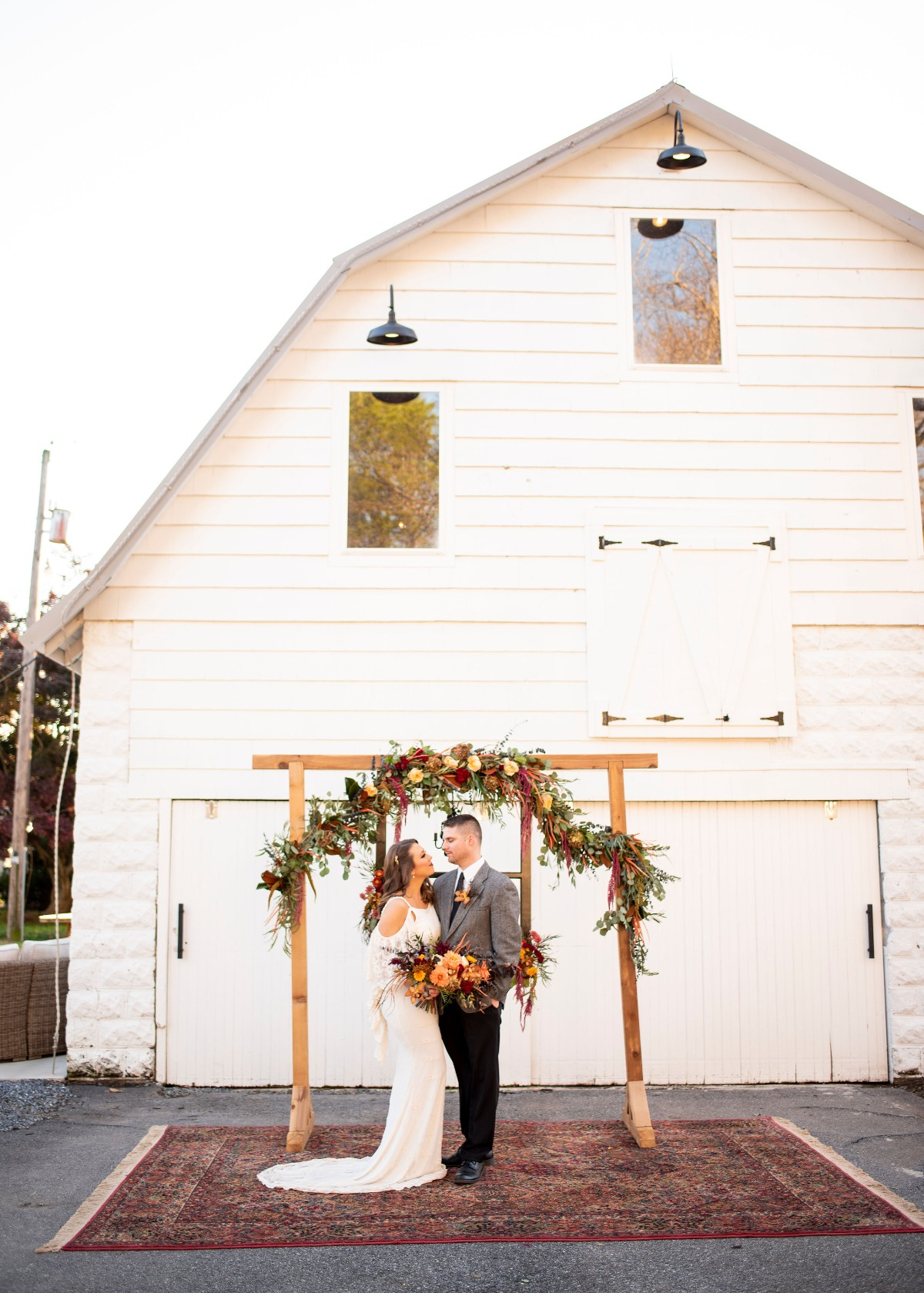 Fall barn wedding inspiration