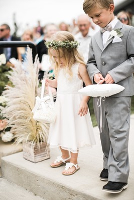 This White-Washed Organic Chic Wedding is What Dreams are Made of