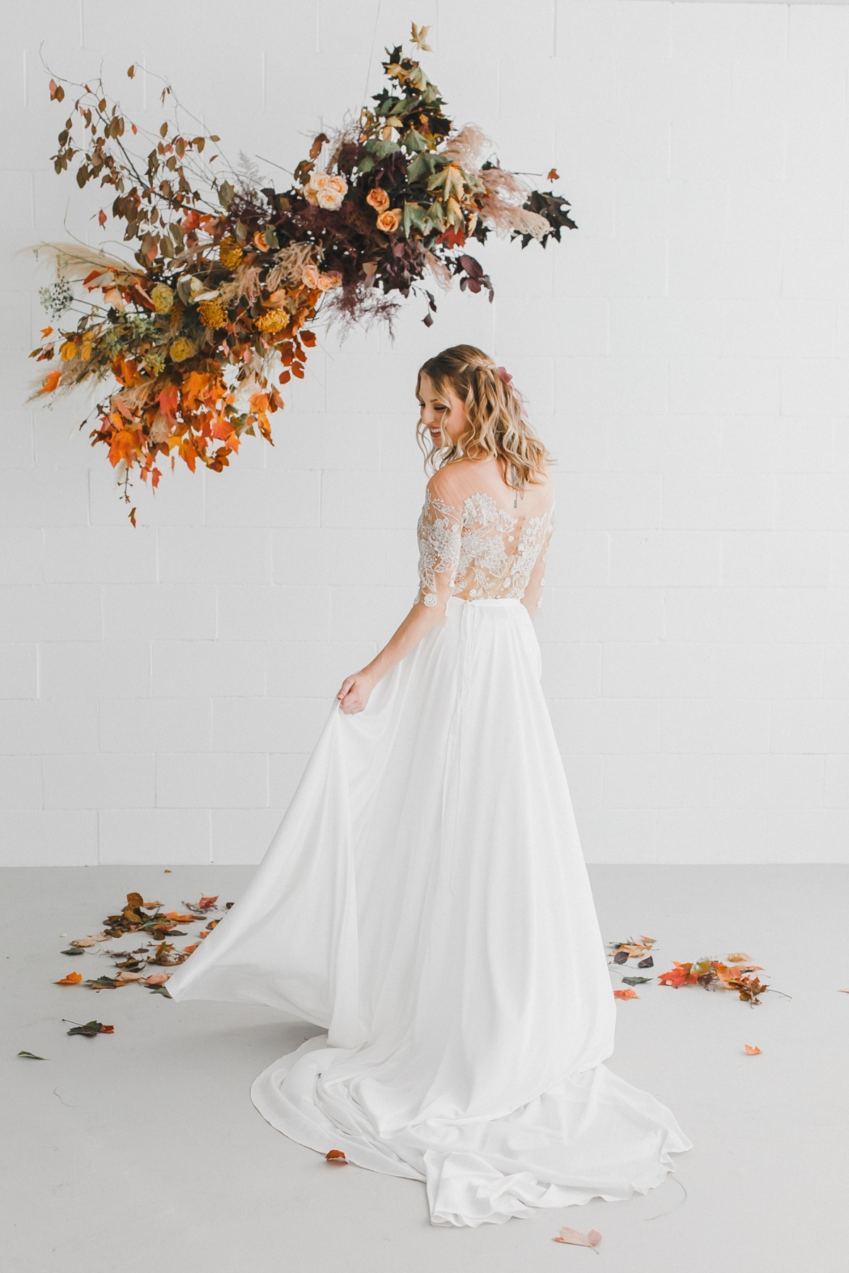 Fall bridal look from Brides on Hartz