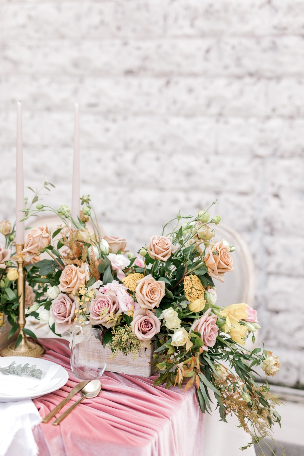 How To Have A Soft Pink And Gold Autumn Wedding