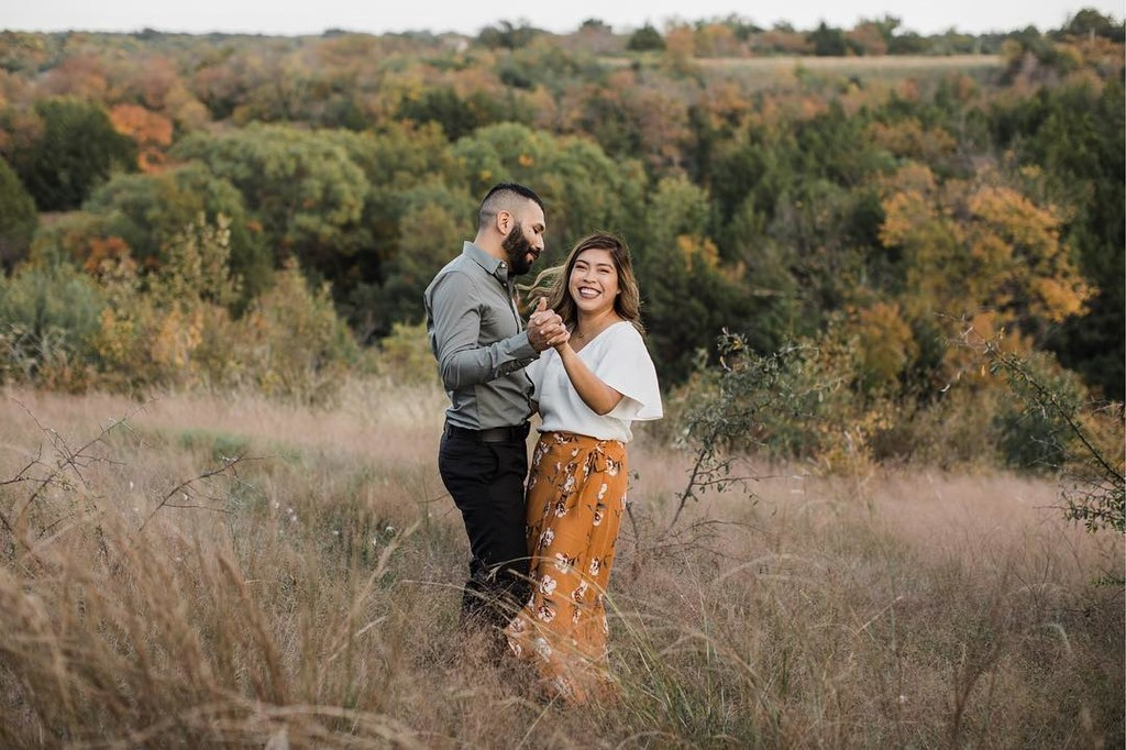 Susie & Felix are seriously the cutest y'all! We ventured out to Tandy Hills for their engagement shoot and all of these fall