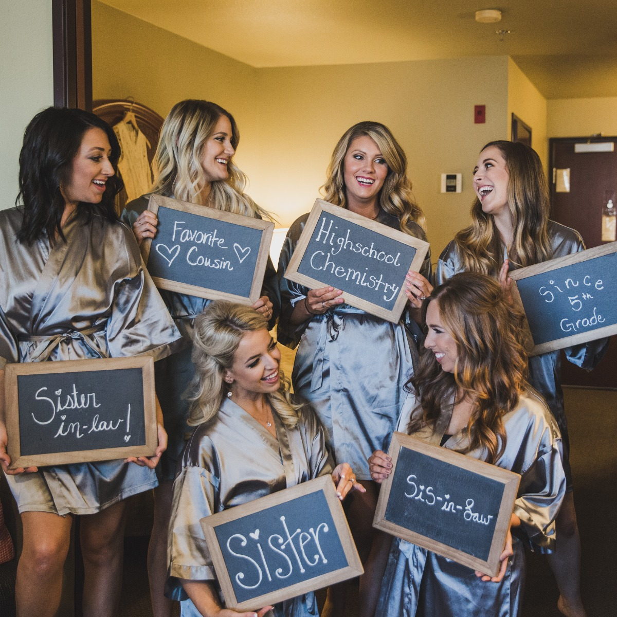 cute bridal party photo idea