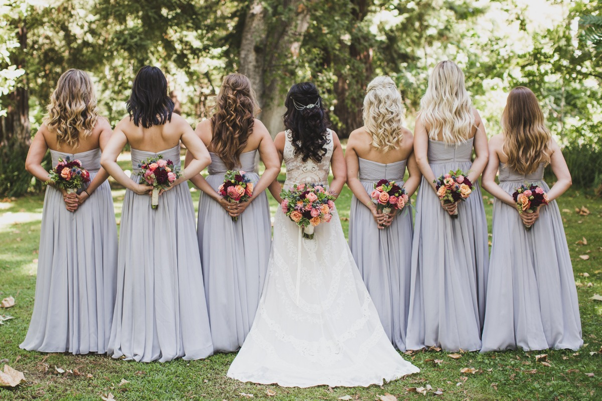 bridesmaids in soft lavender dresses