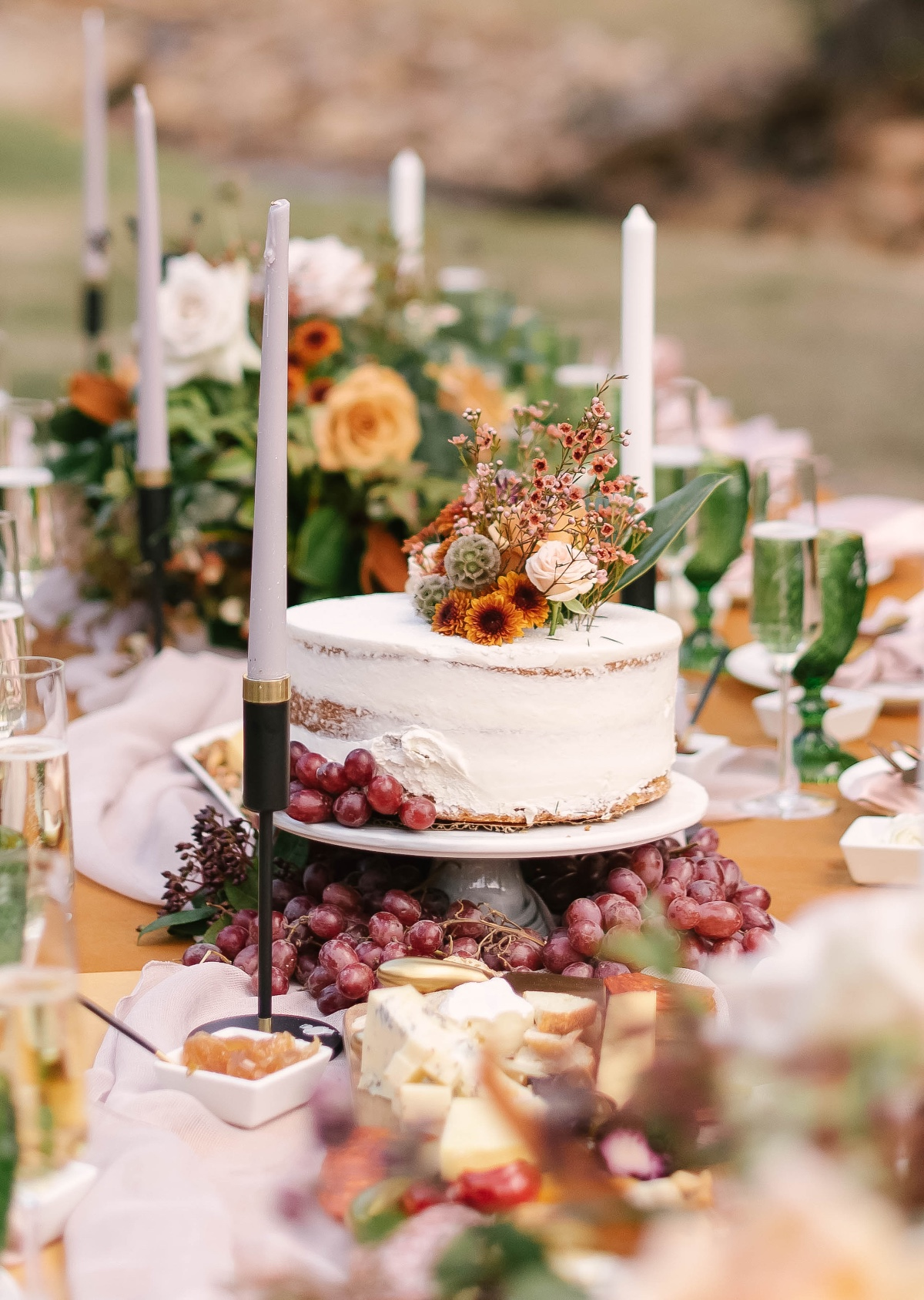 long family style fall wedding table