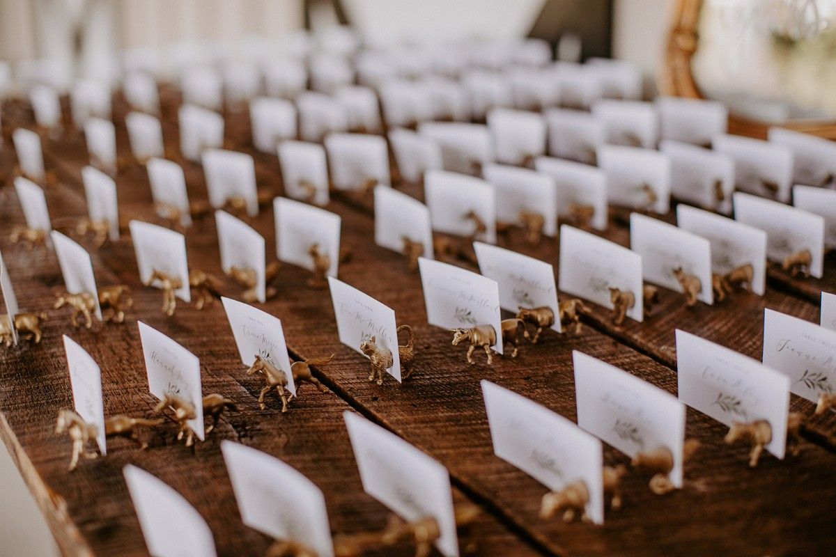 Animal place card holders