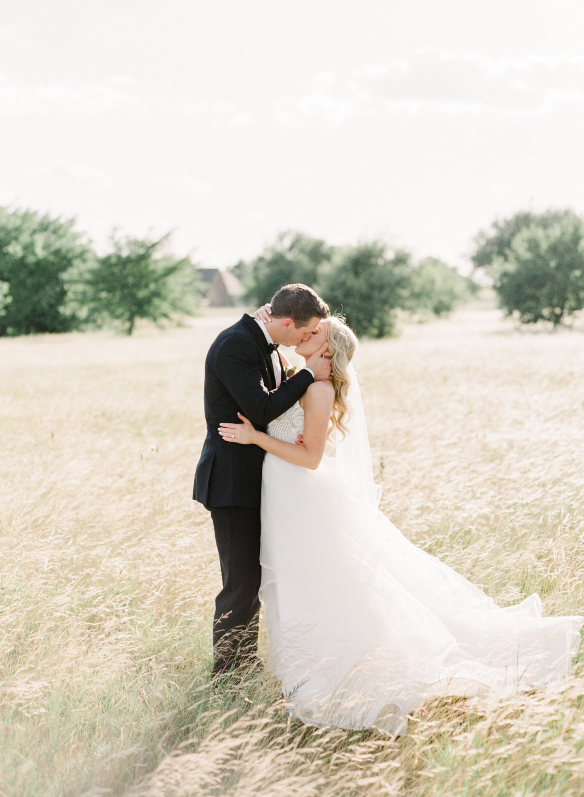 Dreamy white barn wedding in Texas