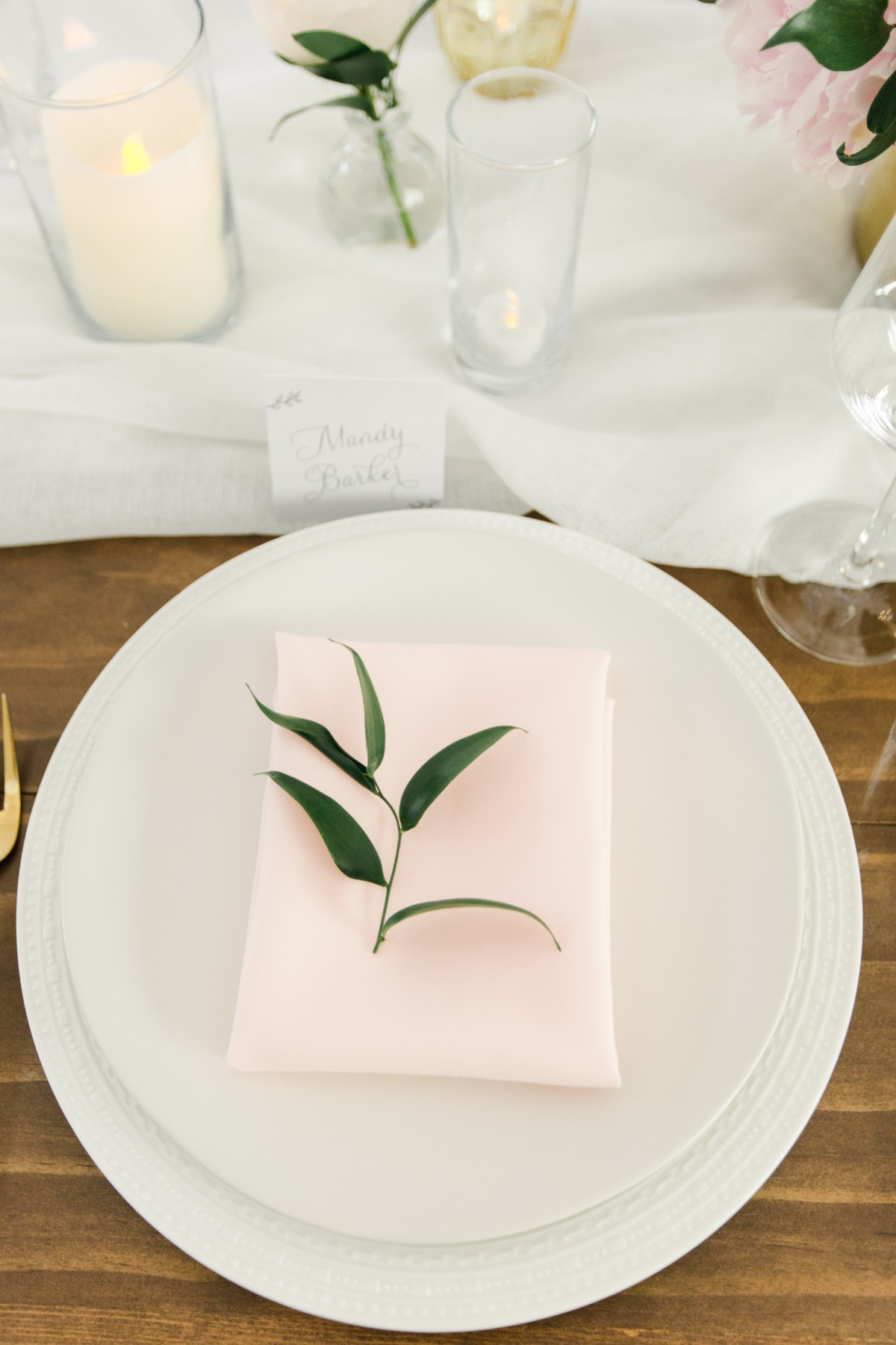 Greenery place setting idea