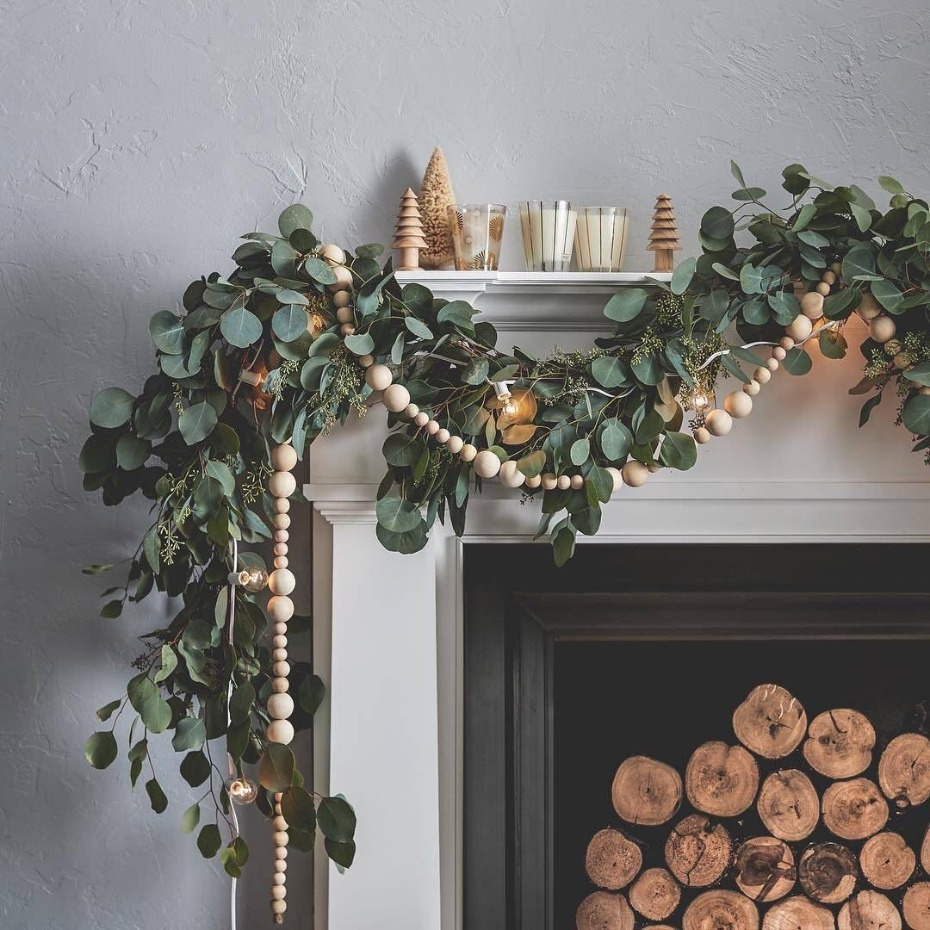 Scandi wooden beads garland
