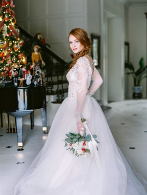 This Christmas Bridal Shoot Will Inspire Your Winter Wedding Dreams