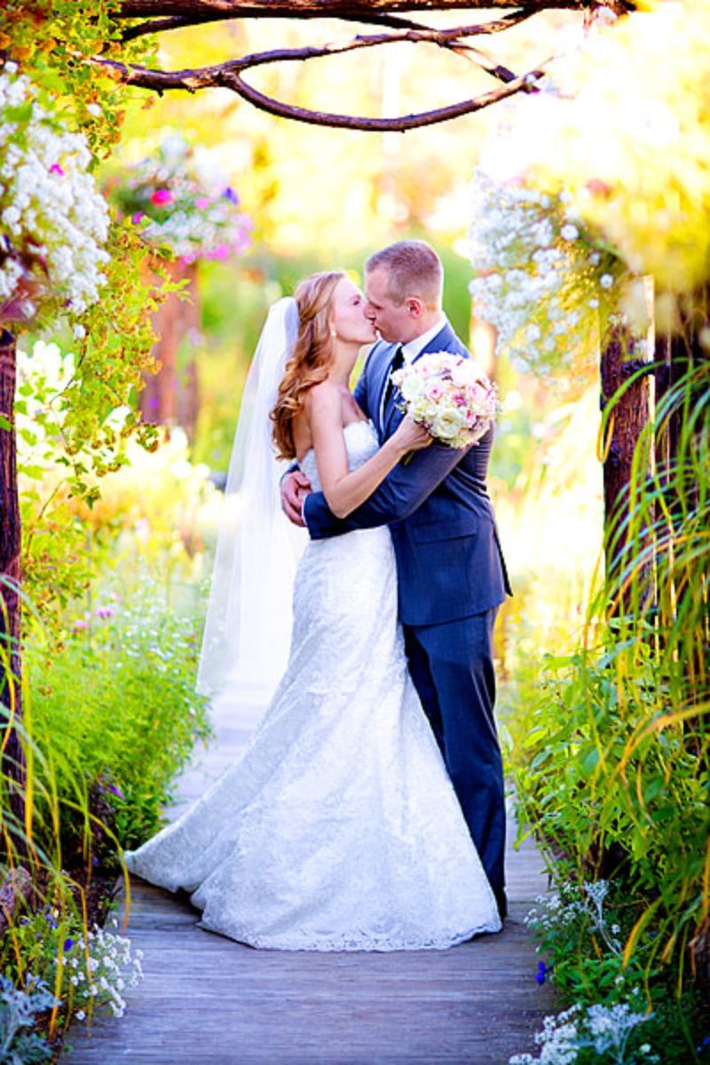 Inspiration Image from RW FINE ART WEDDINGS ❀ NATIONWIDE ❀ NO TRAVEL FEES