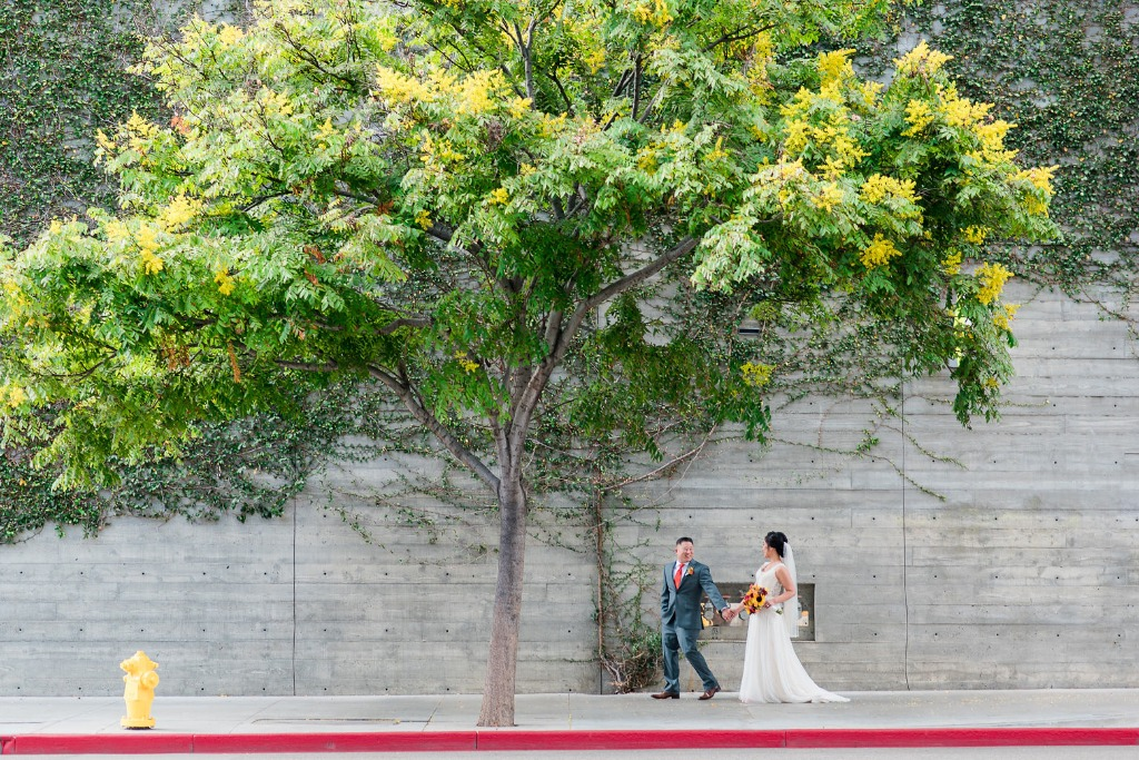 Our couple had a picture perfect stroll down the streets of Los Angeles right around the corner from the venue. Scoping out the area