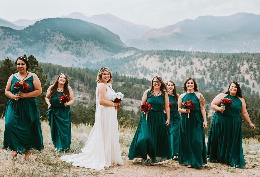Mountains, maids, and the most gorgeous green gowns.💚