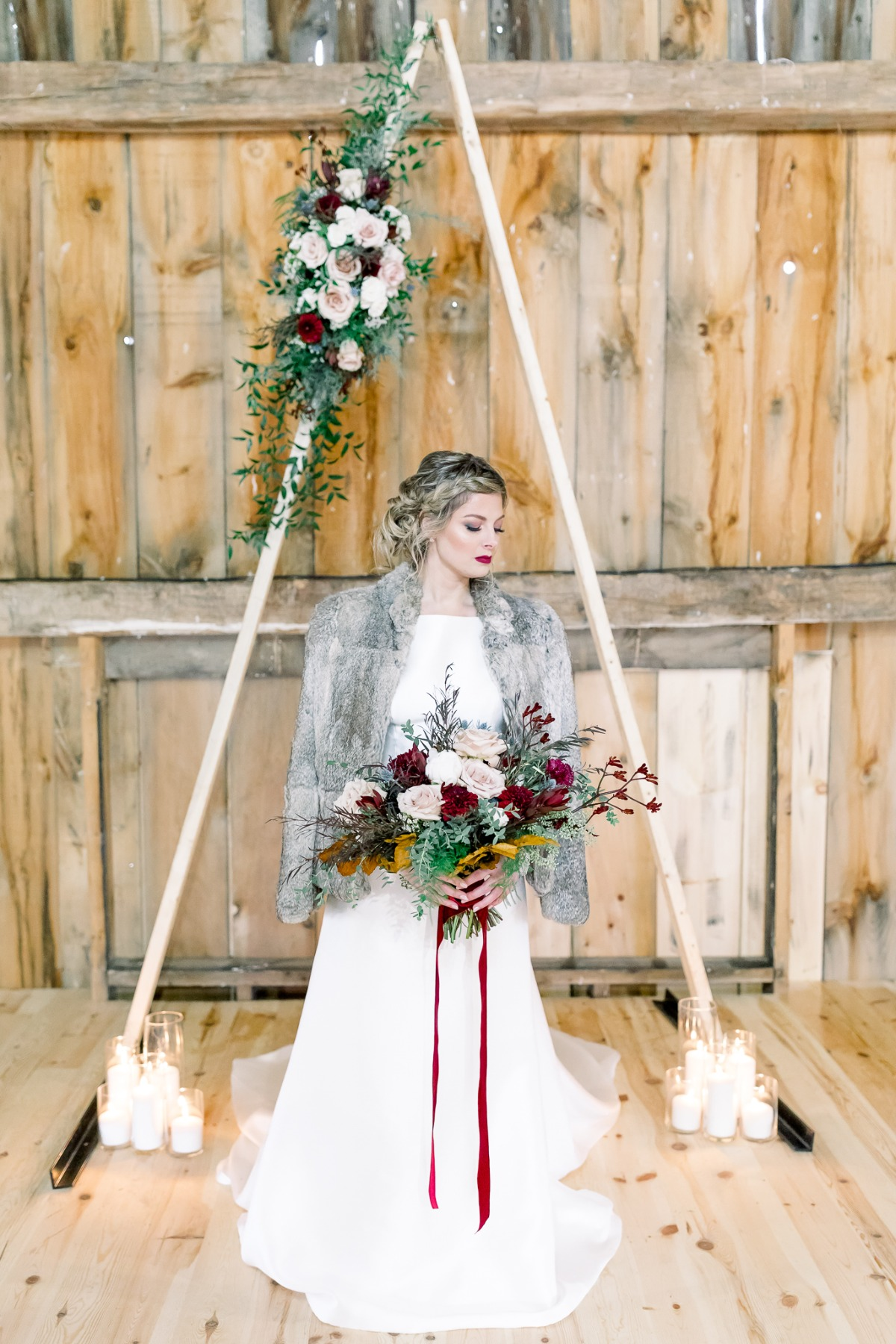 Boho winter wedding in blush and red