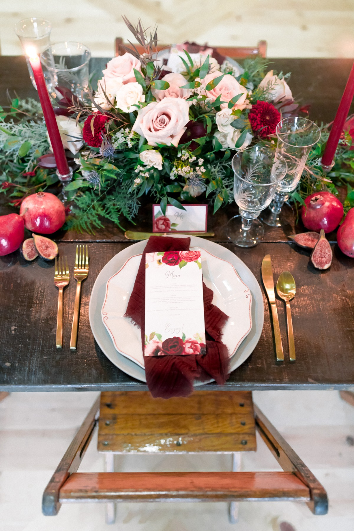 Red and blush reception table