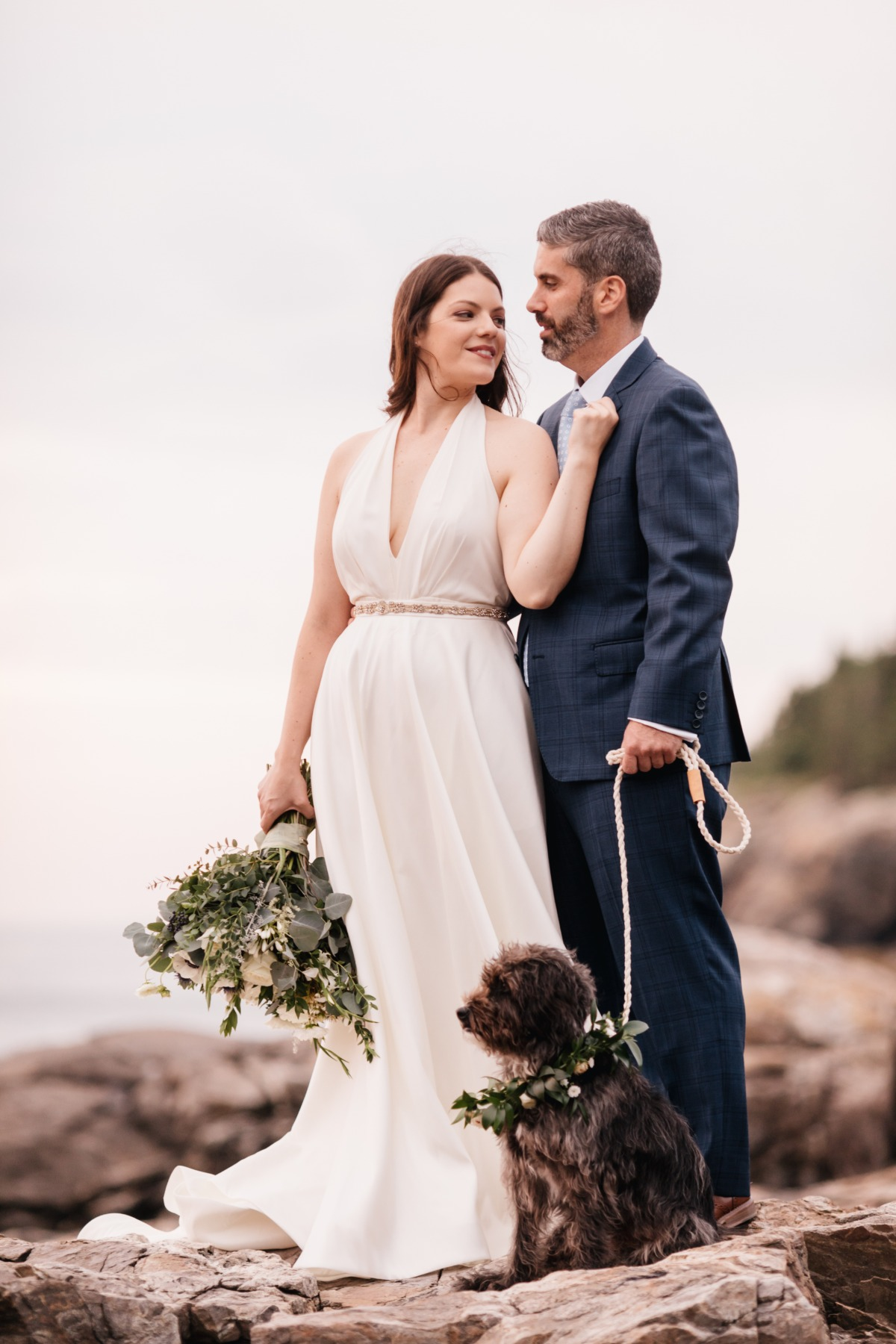 Seaside wedding photos in Maine