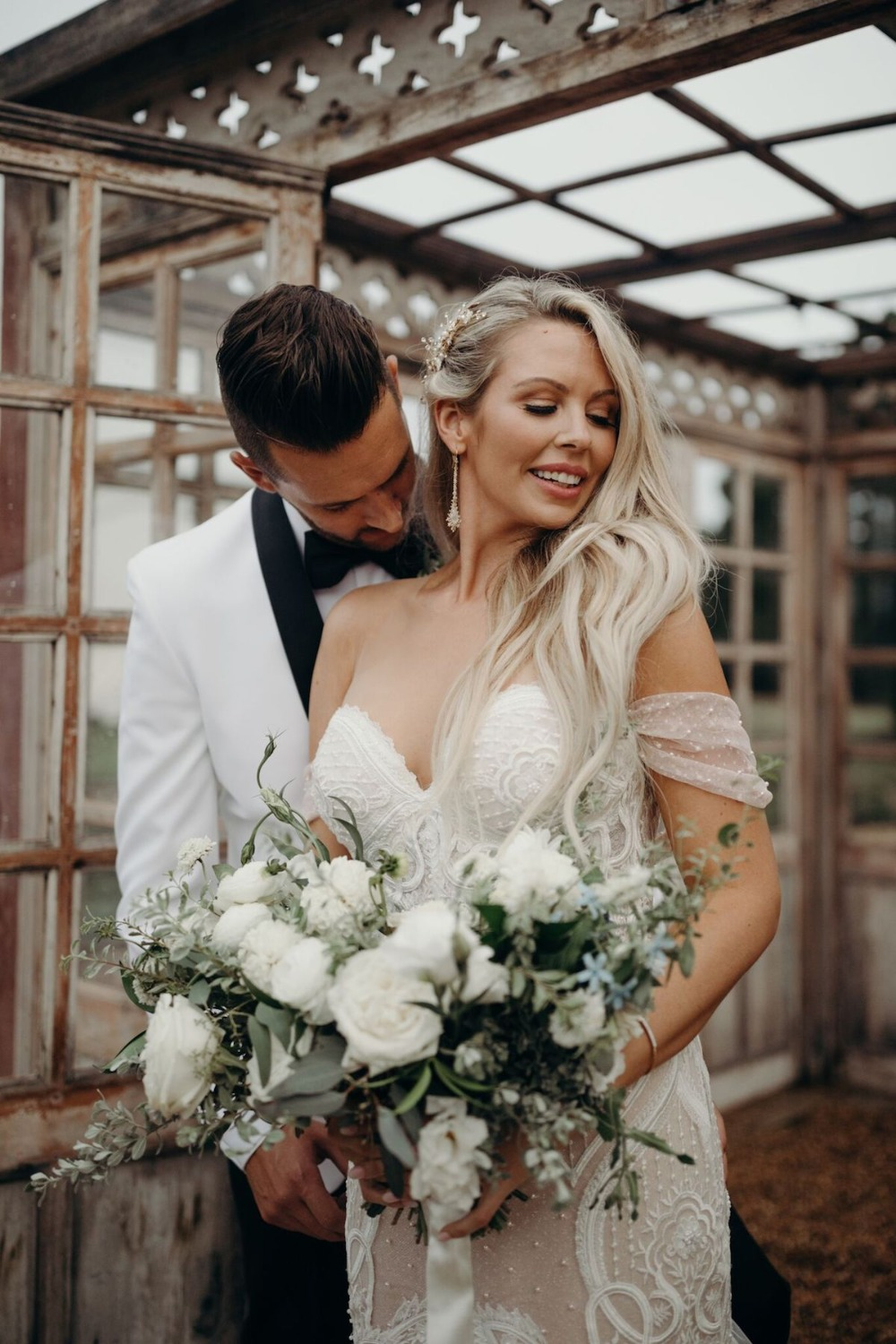 White-washed wedding in all white