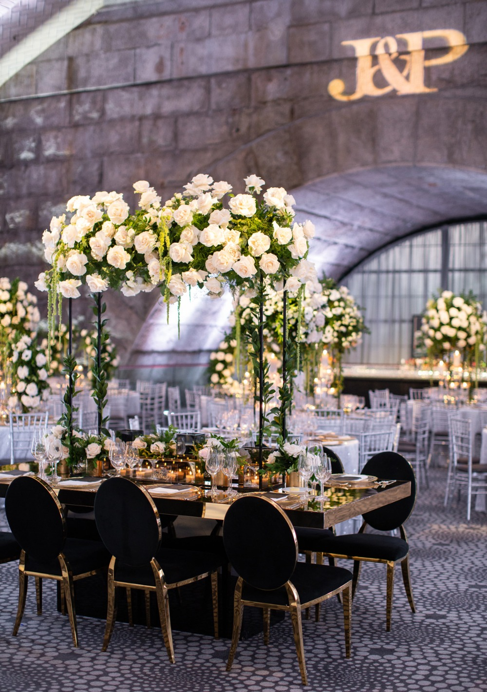 glam wedding table with floating floral halo