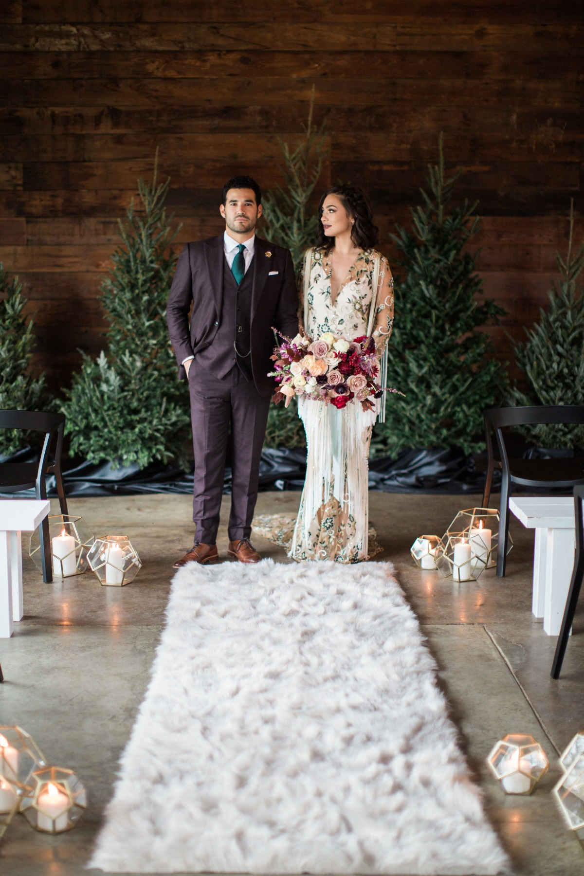 Boho Christmas wedding inspo