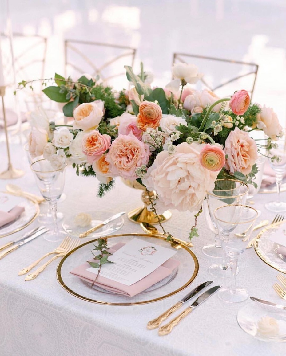 Pantone Living Coral Color of the Year Centerpiece Inspiration