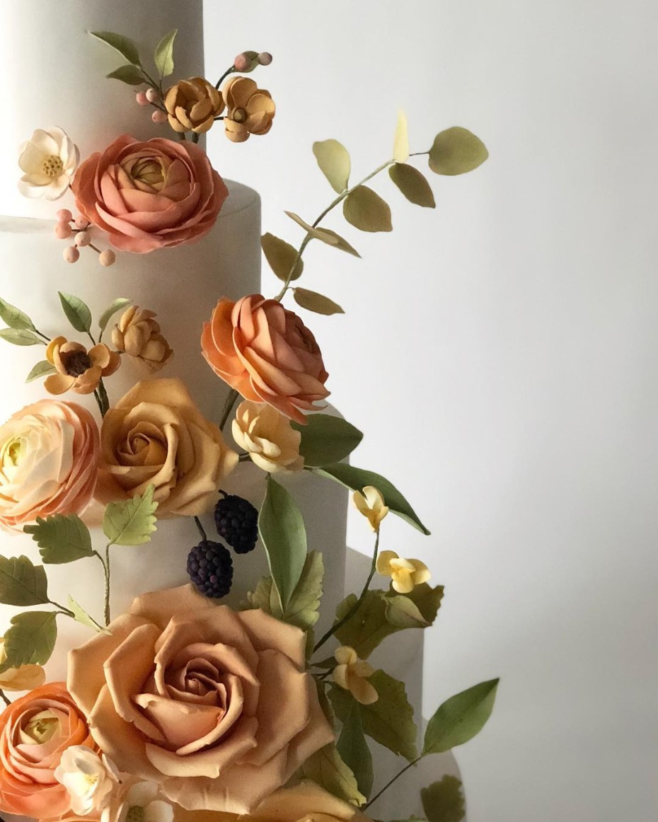 Pantone Living Coral Color of the Year Cake Inspiration