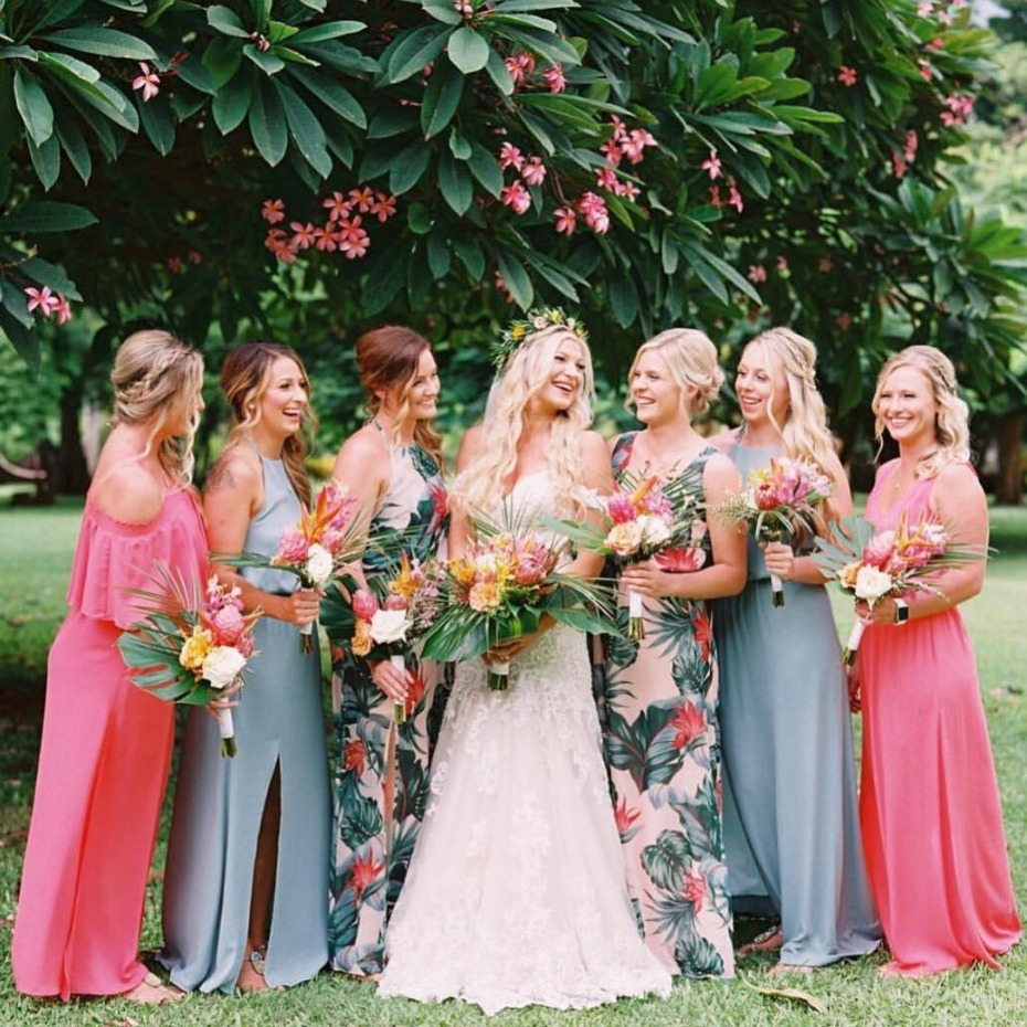 Pantone Living Coral Color of the Year Inspiration for Bridesmaids