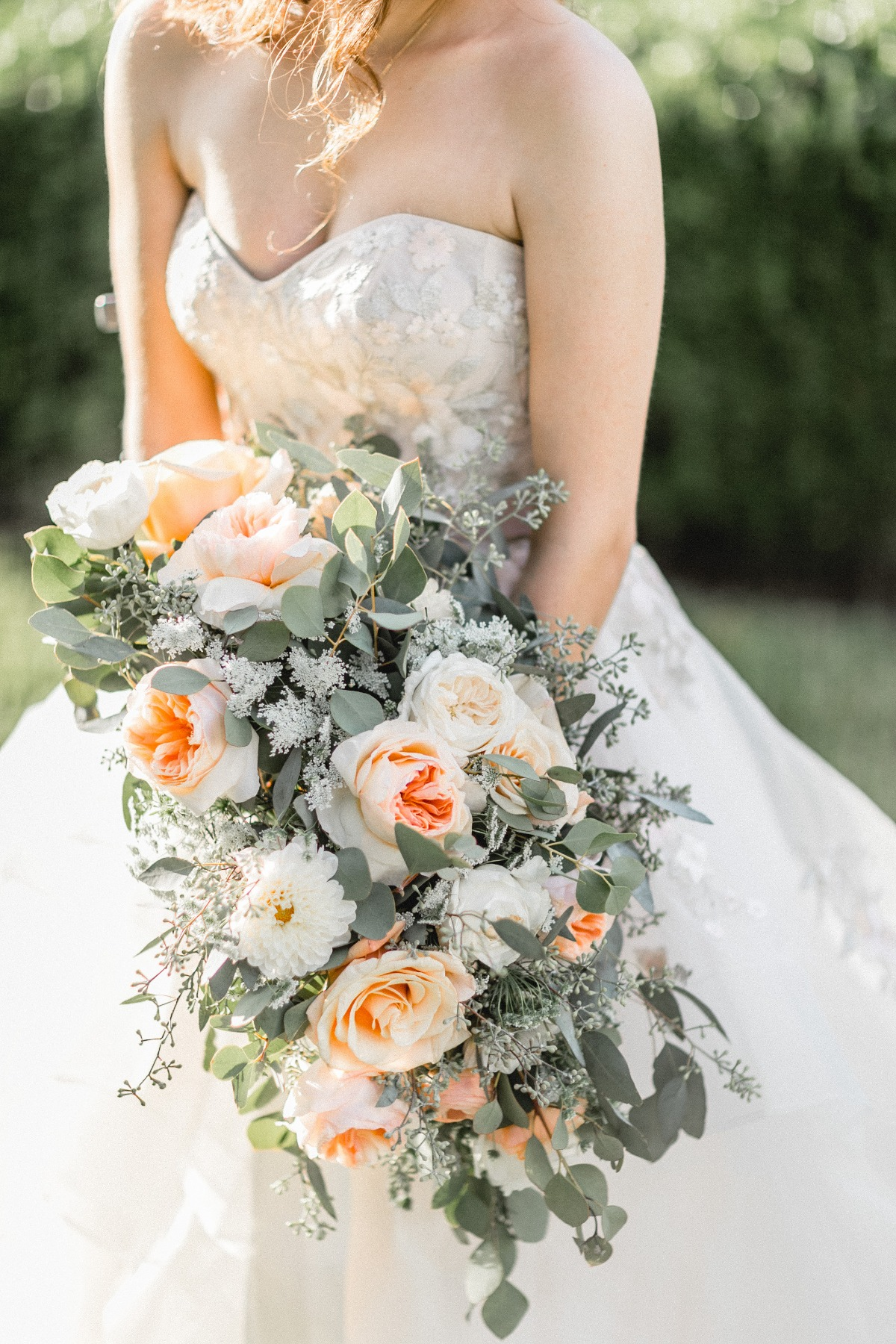 peach and ivory garden rose bouquet