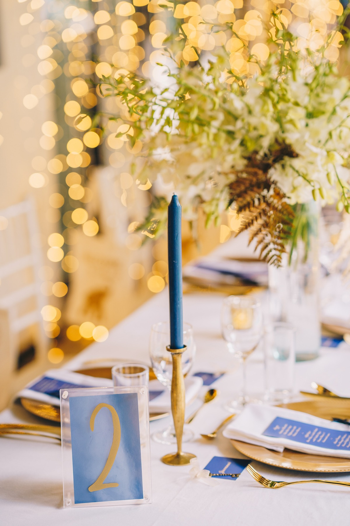 Navy and gold reception table