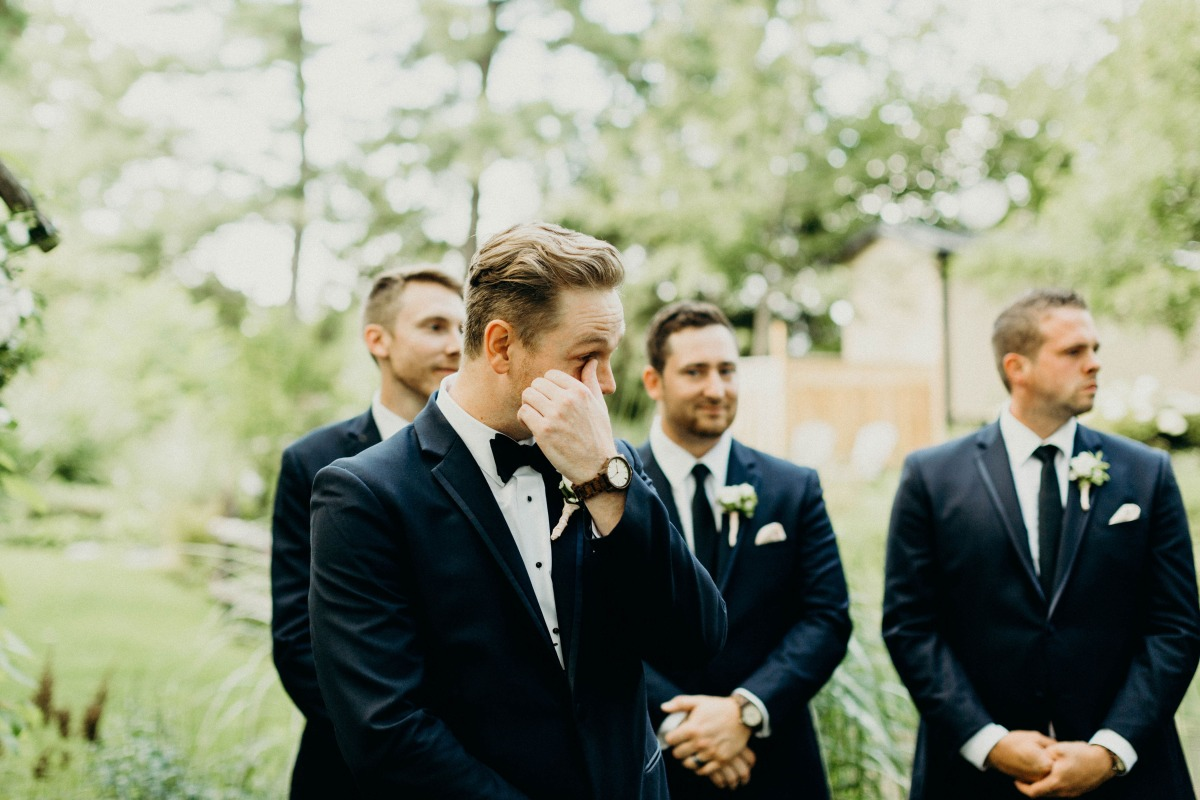groom tears