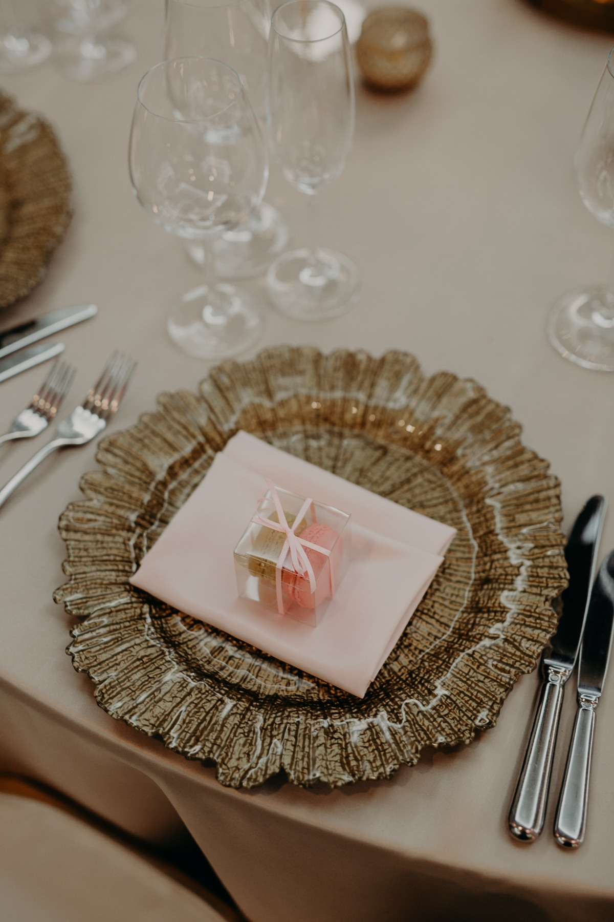 beach blush and gold wedding place setting